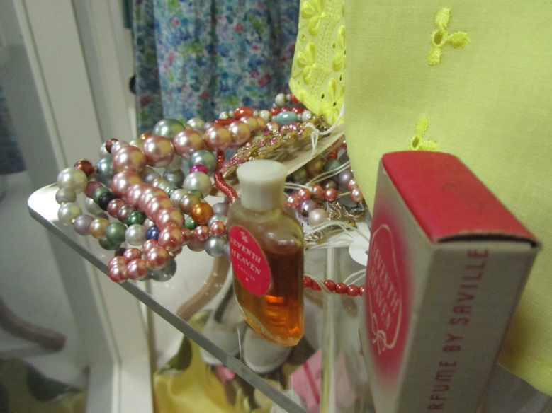 1950s pearls and 1950s perfume 'Seventh Heaven'