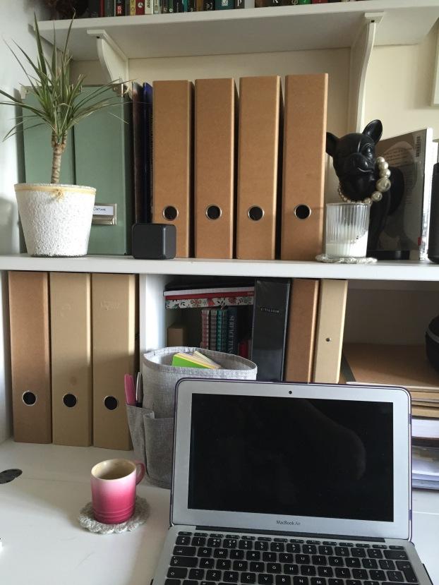 Desk folders computer